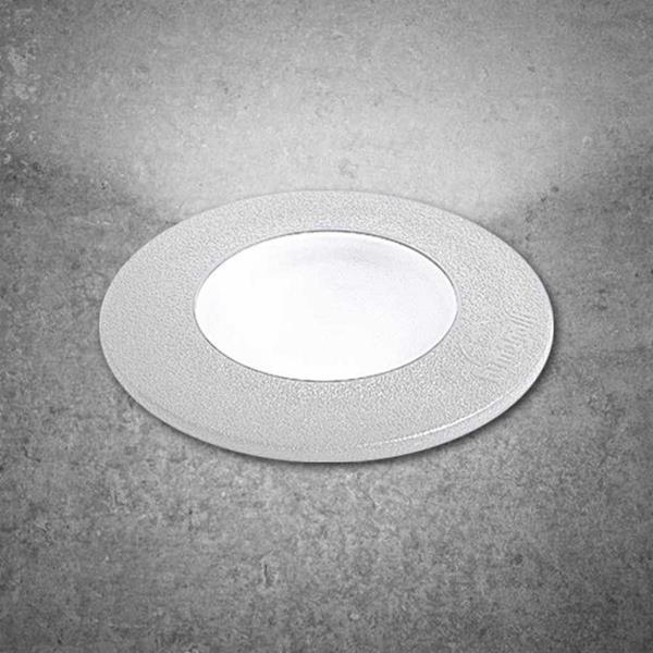 Lámpara empotrable led de piso 1L