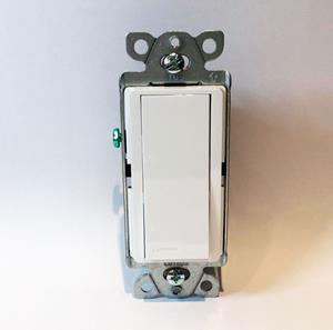 Imagen de Interruptor Lutron 15A Unipolar para usos Generales blanco